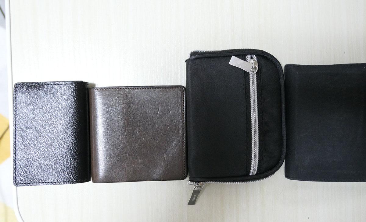 他のコンパクト財布と比較